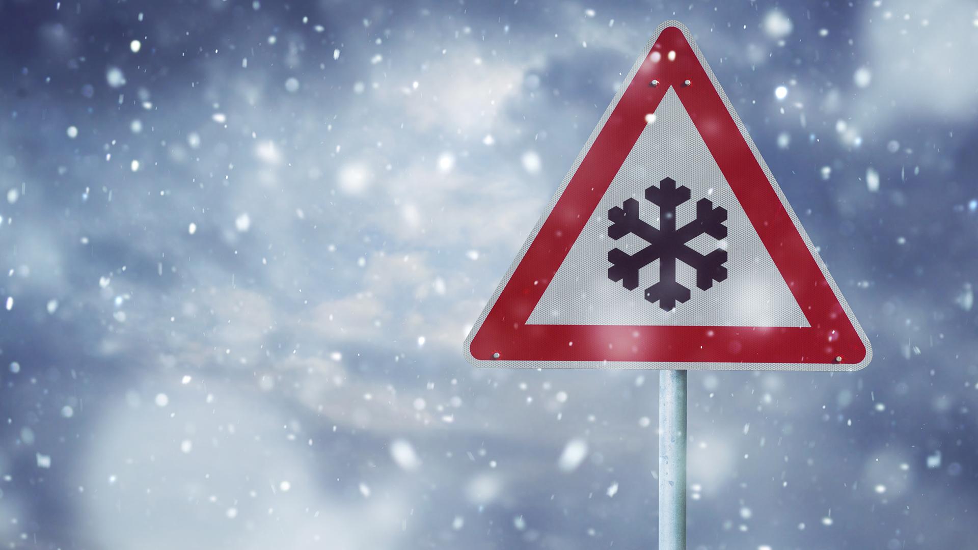Schneedruckschaden Versicherung Rechtsanwalt