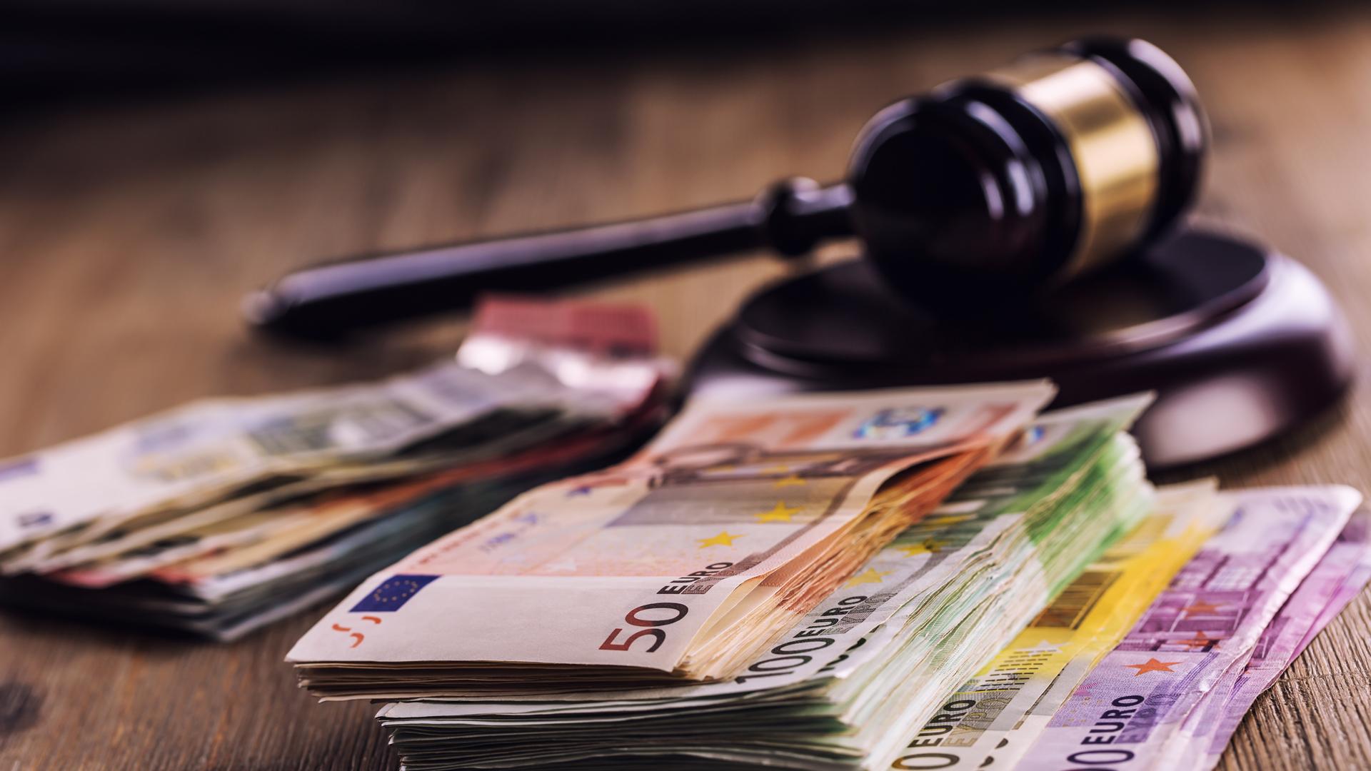 Unfallversicherung zahlt nicht: Rechtsanwalt Vogl hilft